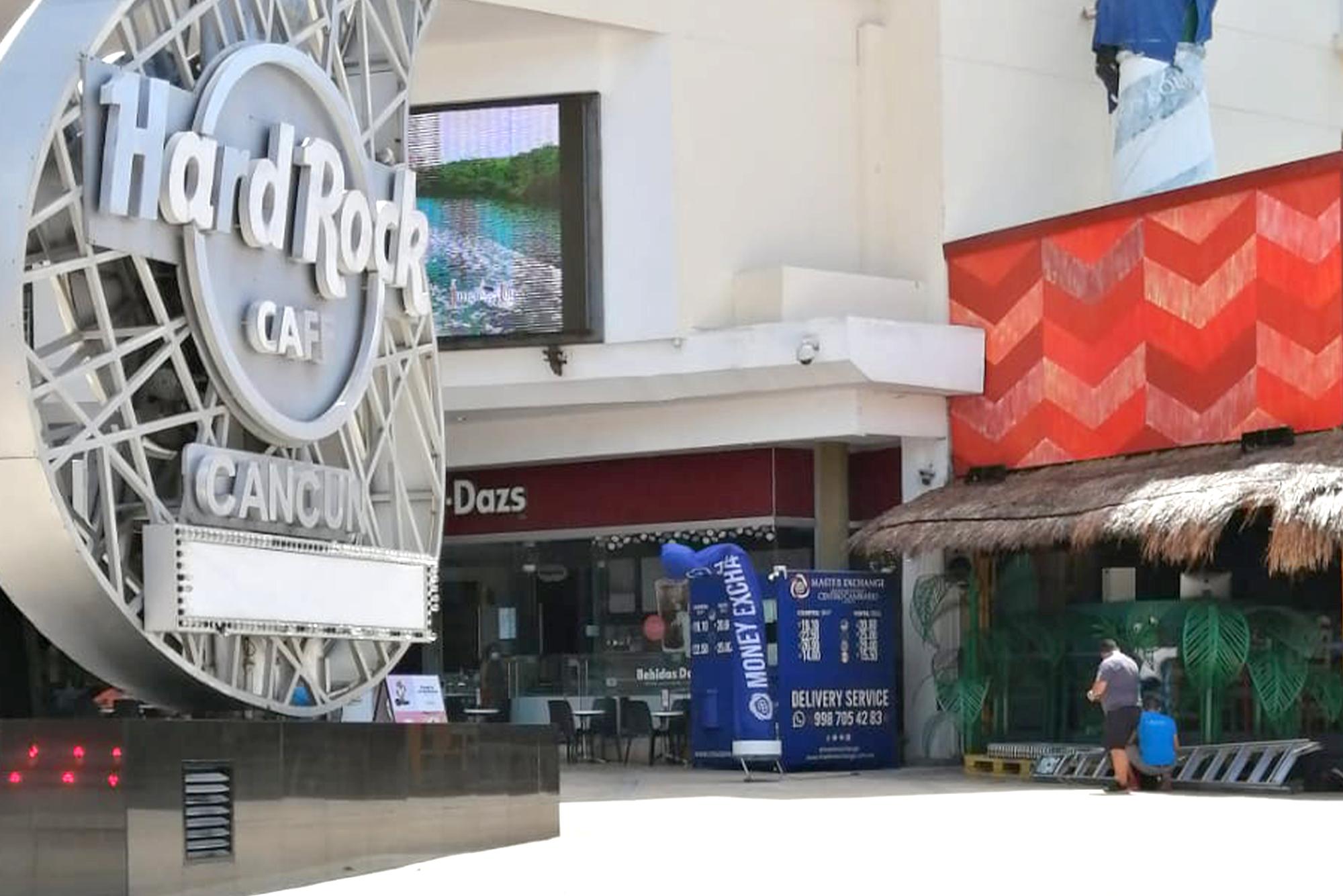 Centro cambiario en Plaza Forum